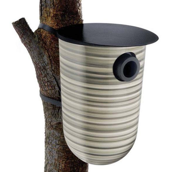 Eva Solo nesting box for birds striped