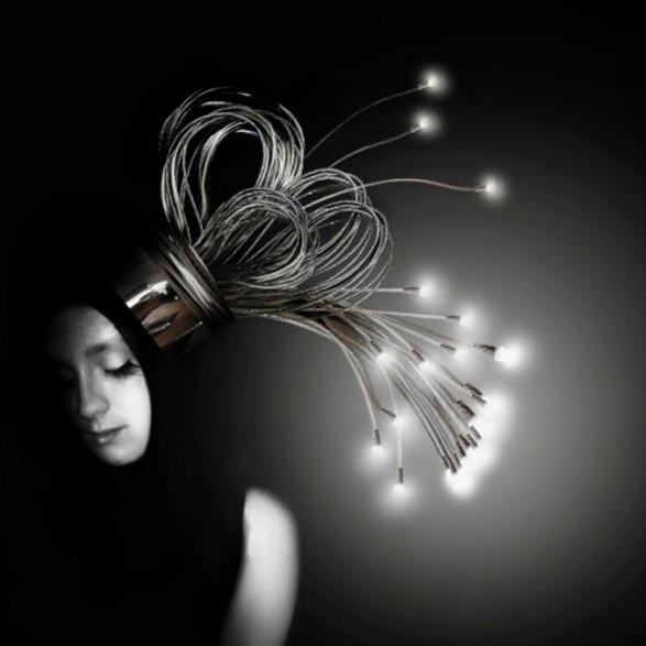 ledy dredy hair like lamp