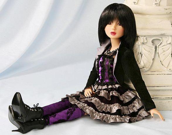 delilah noir debut collectible dolls