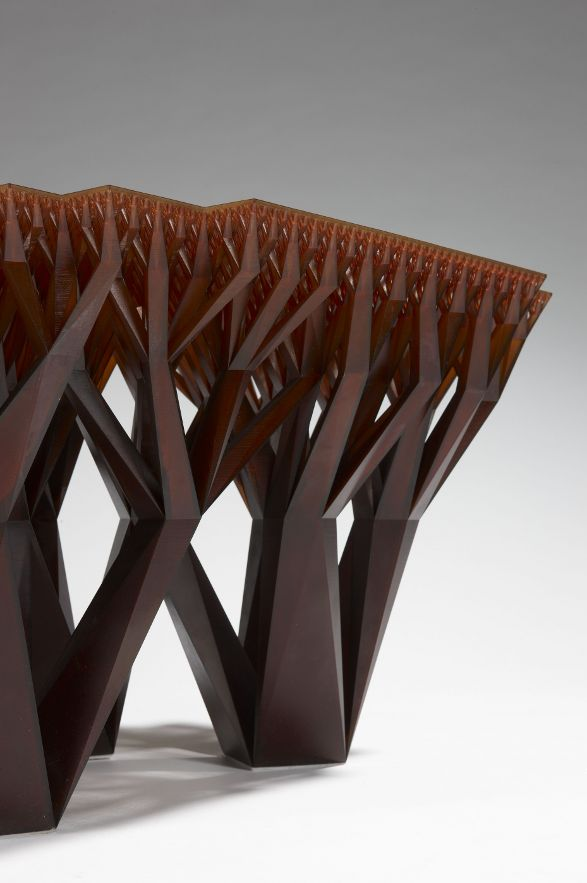 fractal table by materialise.mgx