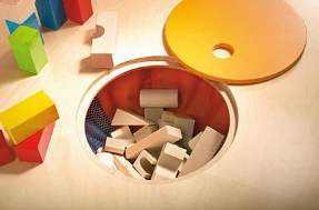haba round play table for child's room