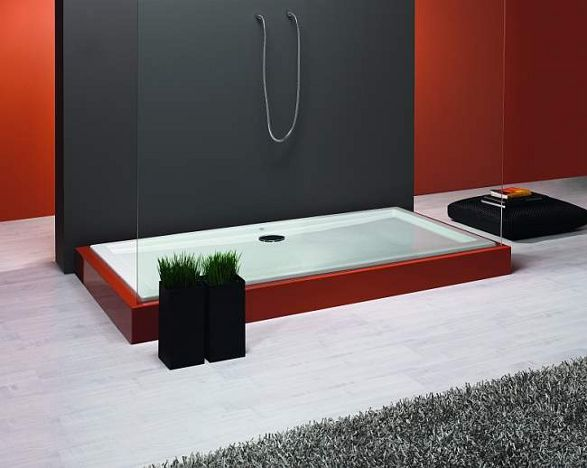 red shower tray