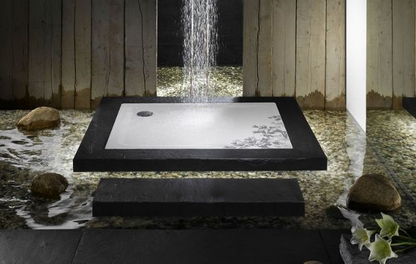 shower tray with lilies ornament