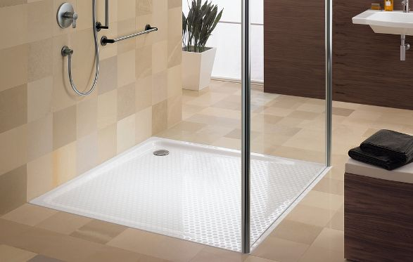 antislip surface on shower tray