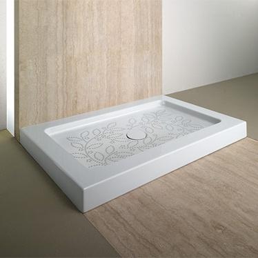 roma shower tray with anti slip finish
