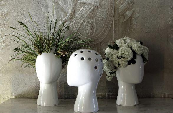 wig vase with head
