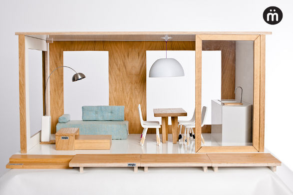 miniio house for barbie and collectible dolls