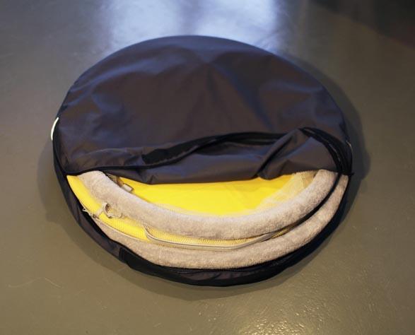 smart foldable cradle by agnieszka wiczuk