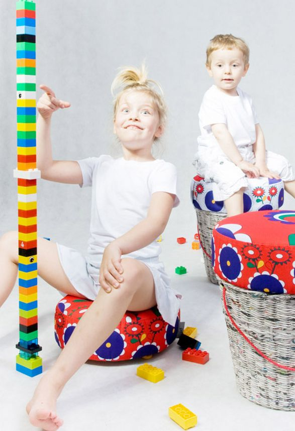 Storage and stool for children placiak