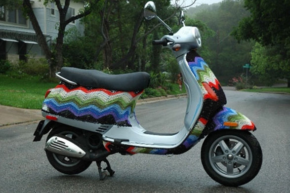 knit a cover for your scooter