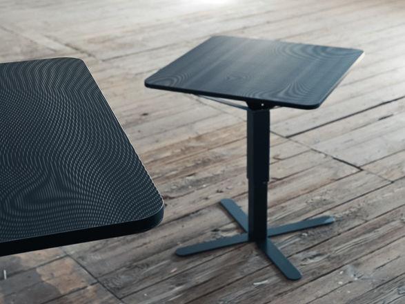 T40 table by studio rygalik