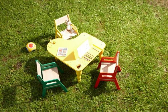 fryderyk bellamy table for children