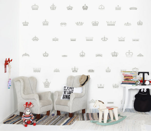 kings and queens wallpaper for childrens room